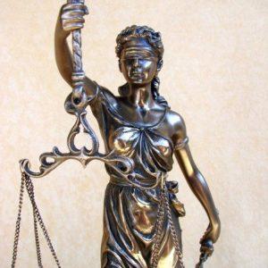 ertekes-justitia-exkluziv-nagy-porcelan-bronz-szobor