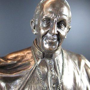ferenc-papa-porcelan-bronz-szoborexkluziv-ajandek