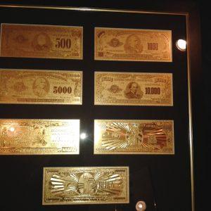 ketfele-dollar-arany-bankjegy-luxus-full-szett-2