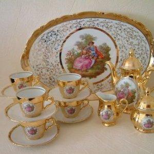 luxus-24-kt-arany-porcelan-teljes-kaves-keszletjelenetes0