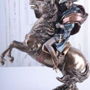 napoleon-porcelan-bronz-lovas-szoborexkluziv-igenyesnek