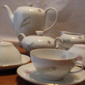 porcelan-osztrak-teas-keszlet-virag-mintas-15-db