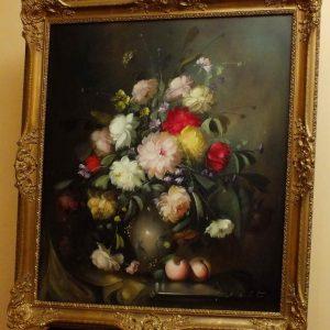 4.sz.tétel Gyönyörű virág csendélet vázában 2)