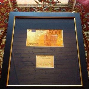 595bf2c5e8083-500-euro-24k-arany-unc-bankjegy-szett-keret-luxus-ajandek